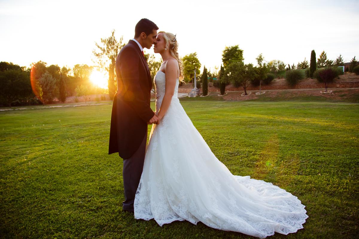 Prohíben las bodas los viernes